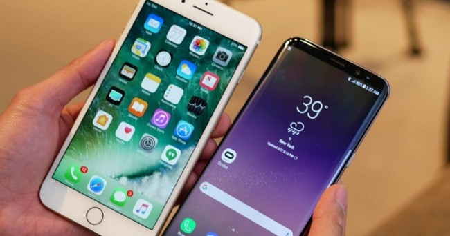 Сравниваем Айфон 7 и Самсунг 8