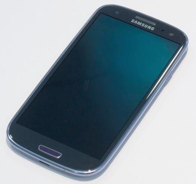 Почему экран смартфона Самсунг не работает