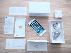 Комплектация б/у Iphone на одном из специализированных зарубежных сайтов